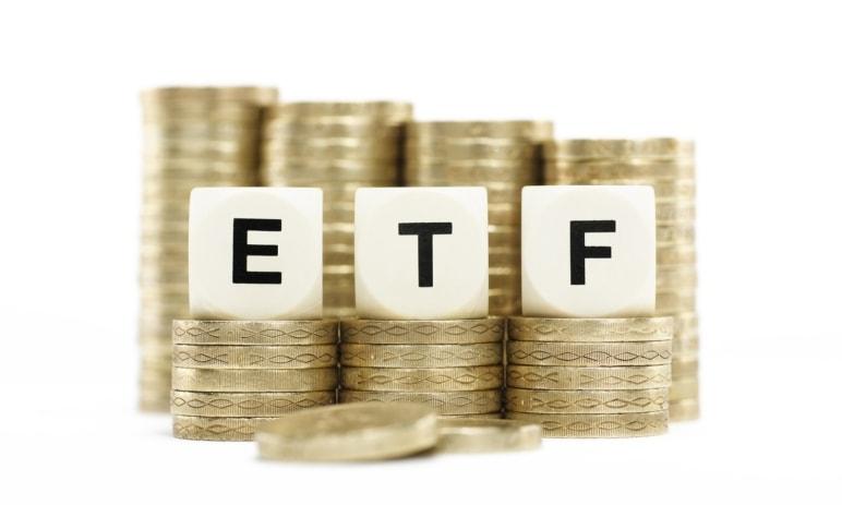 Podílové fondy nebo ETF? Výhody pasivně řízených portfolií