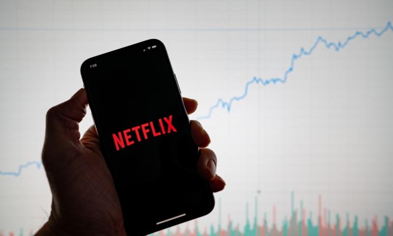 Akcie Netflix zažívají zlaté časy - kde se zastaví jejich růst?