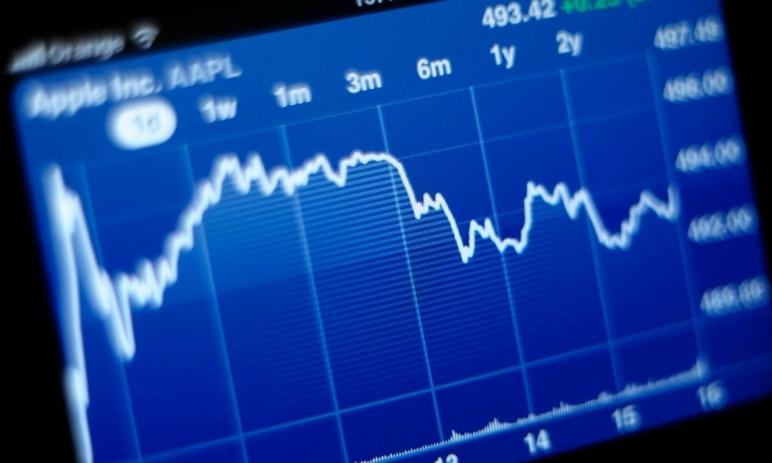 5 žhavých akcií, které nakupují portfolio manažeři těch největších fondů světa - stojí za to svést se s nimi po vlastní ose?