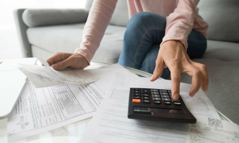 Úvěr od banky nebo nebankovní společnosti - jaké jsou rozdíly?